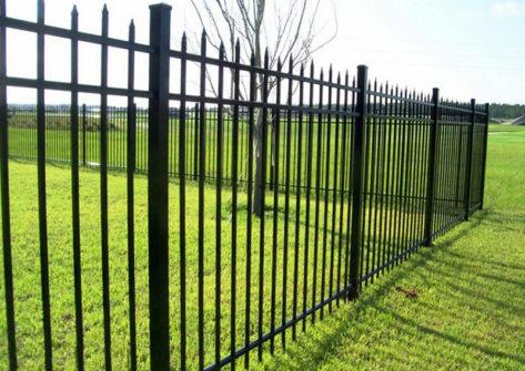 забор из профильной трубы в Кирове